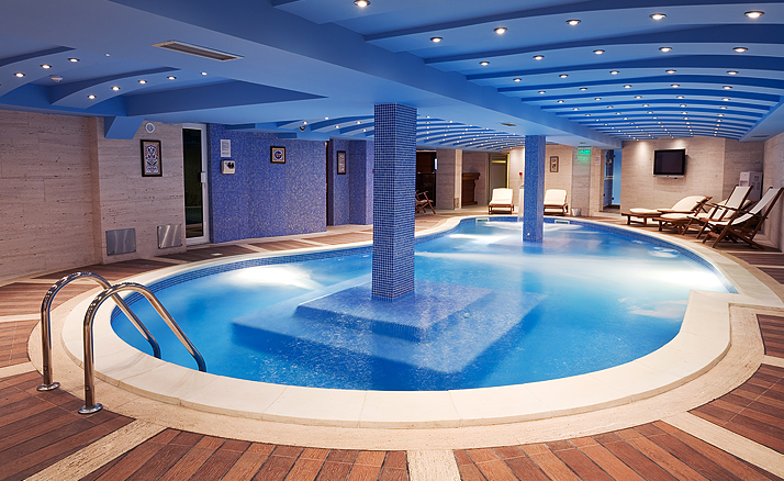Best Pool Villas In Vegas